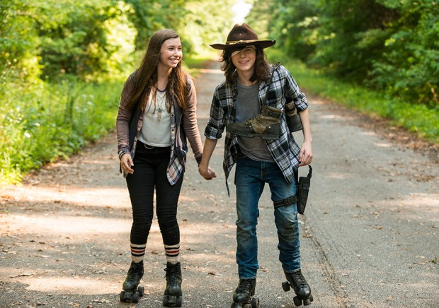 the-walking-dead-episode-705-carl-riggs-2-935