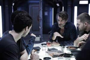 "THE EXPANSE -- ""Safe"" Episode 201 -- Pictured: (l-r) Thomas Jane as Detective Joe Miller, Wes Chatham as Amos Burton -- (Photo by: Shane Mahood/Syfy)"