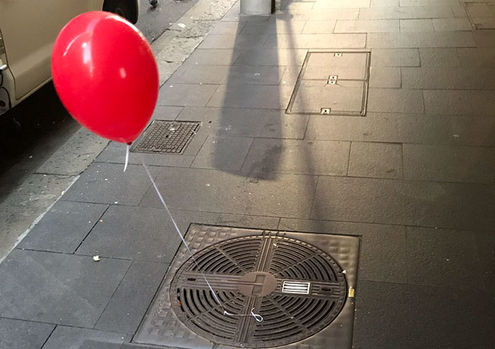 creepy-red-balloons-all-over-sydney-coverimage