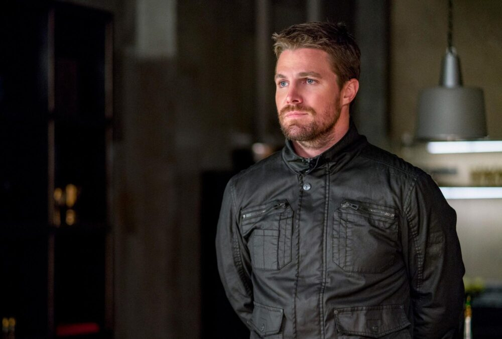 Oliver Queen Stephen Amell A zold ijasz